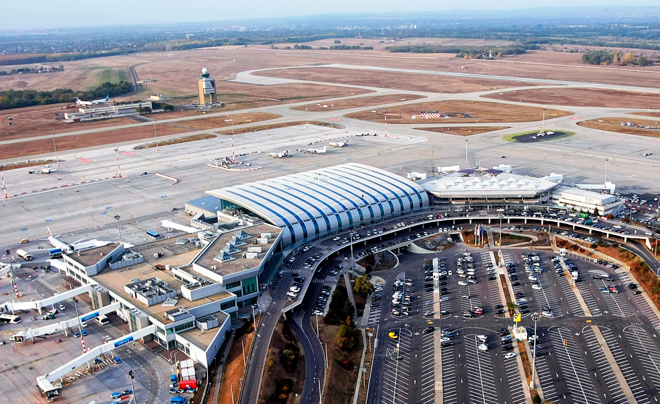 budapest, düsseldorf and hamburg airports partner to