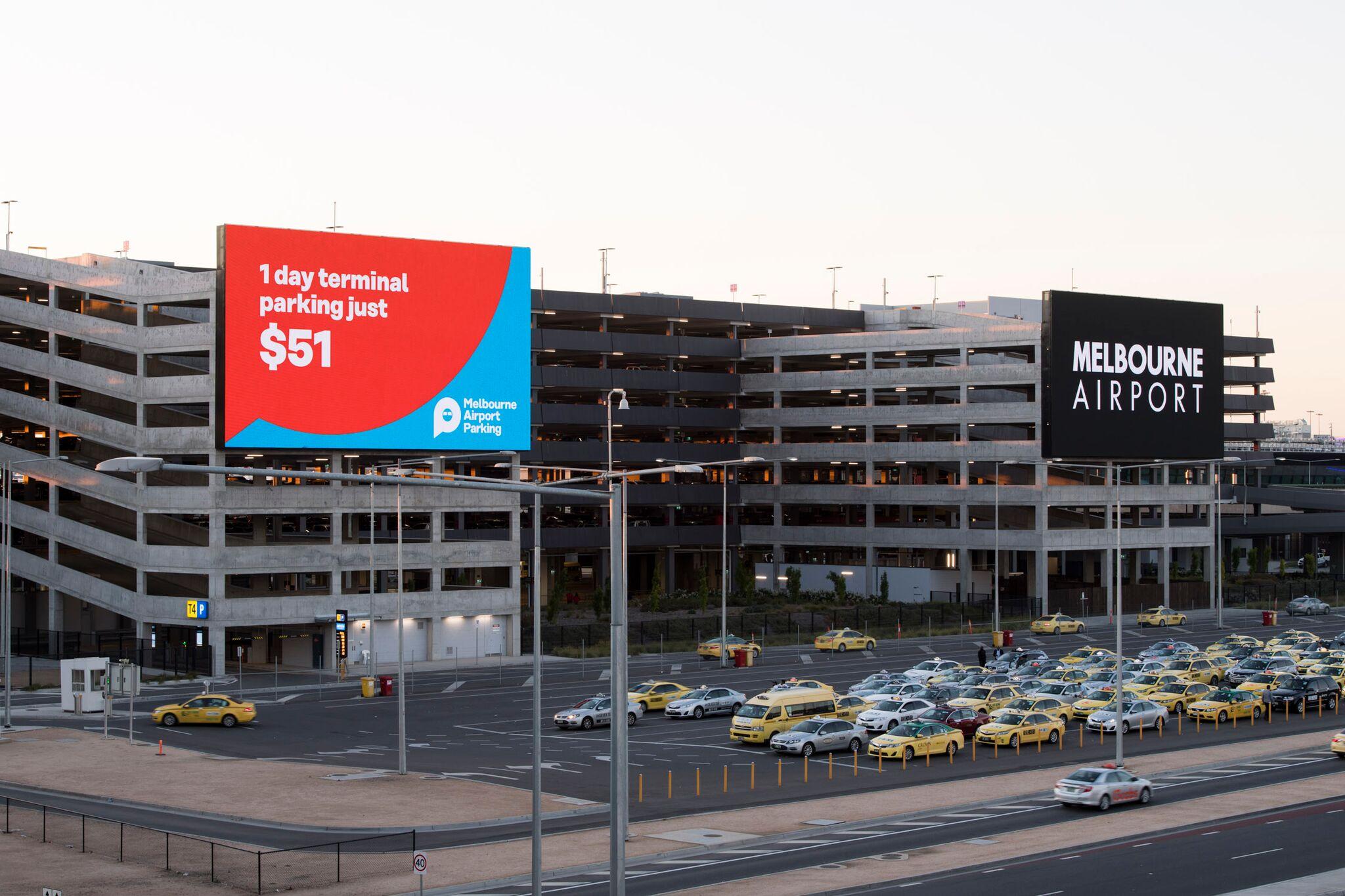 Melbourne Airport installs largest outdoor digital